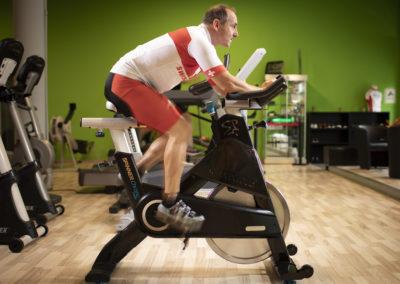 Eric Vouillamoz a pedale 2800 km sur son home-trainer